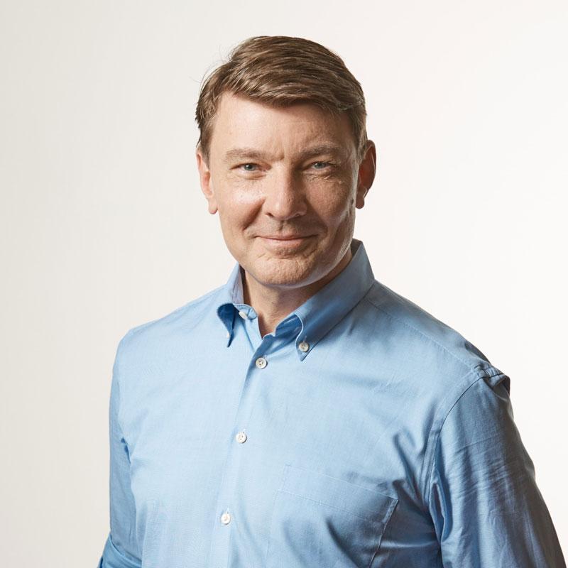 Dual Fluid Team - Dr. Björn Peters - Portrait